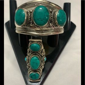 Jewelry - Turquoise Cuff Bracelet with Ring Set size 7.5